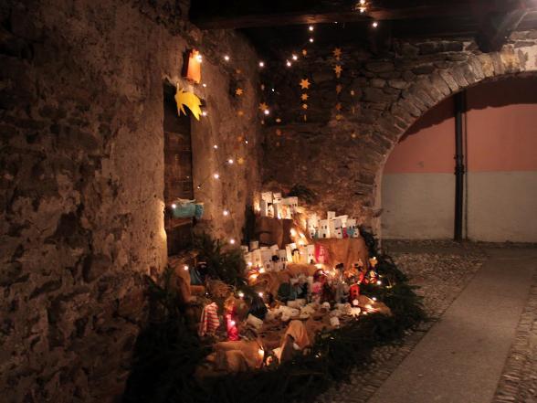 Open-air Christmas Crib exhibition Vira