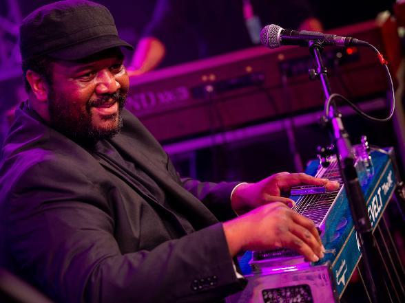 Jazz Cat Club - Roosevelt Collier