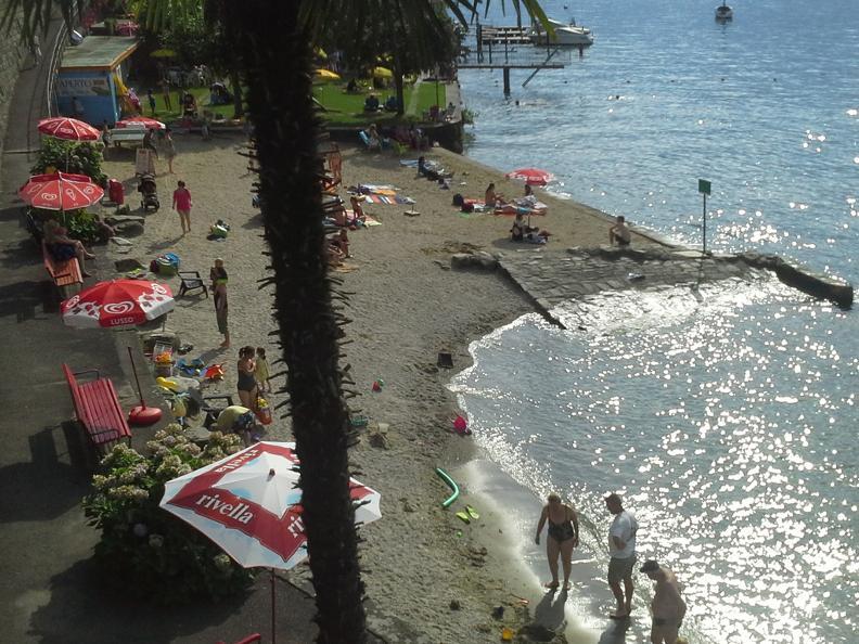 Ascona locarno scoprite la dolce vita bagno spiaggia san nazzaro - Bagno pubblico ascona ...