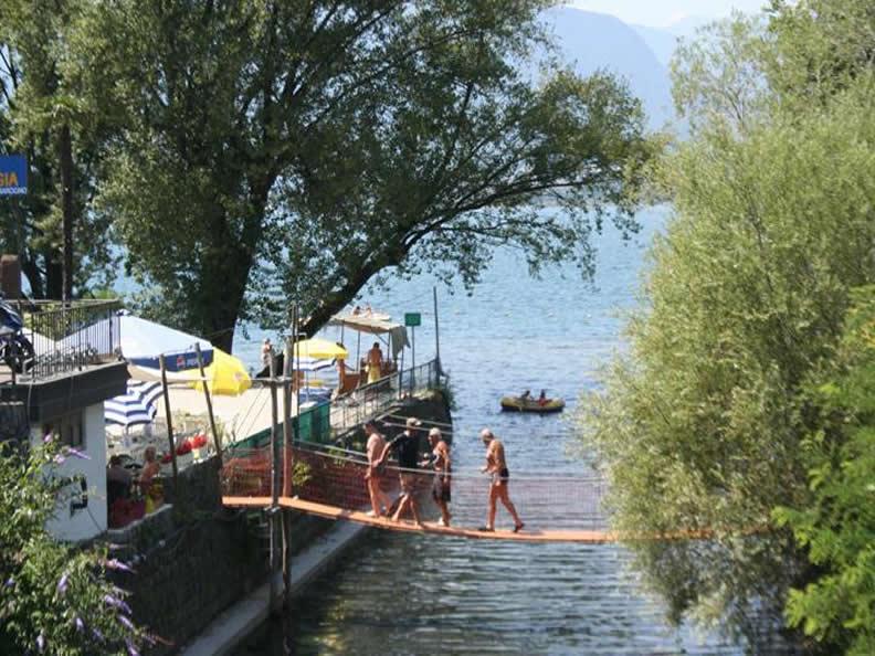 Ascona locarno scoprite la dolce vita bagno spiaggia - Bagno pubblico bellinzona ...