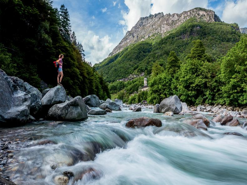 Lavertezzo ascona locarno for Val verzasca dove fare il bagno